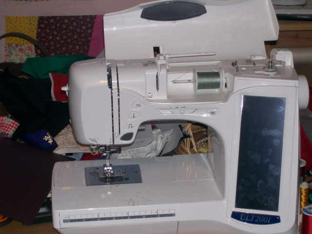 Sewing_room_09